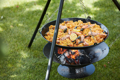 What are the advantages of the Junko wood BBQ?