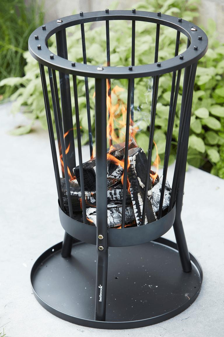 How does a Modern Ronda fire basket work?